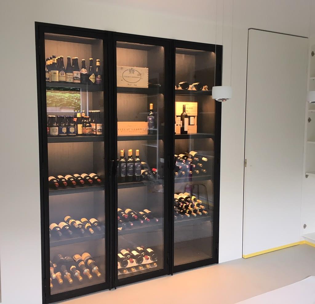 wijn vitrine